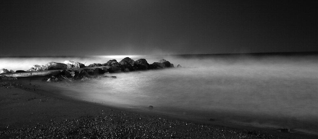 nightItalyshore72dpi.jpg